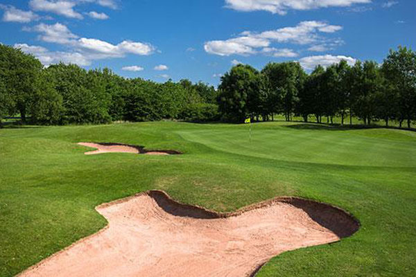 Shropshire bunker and green
